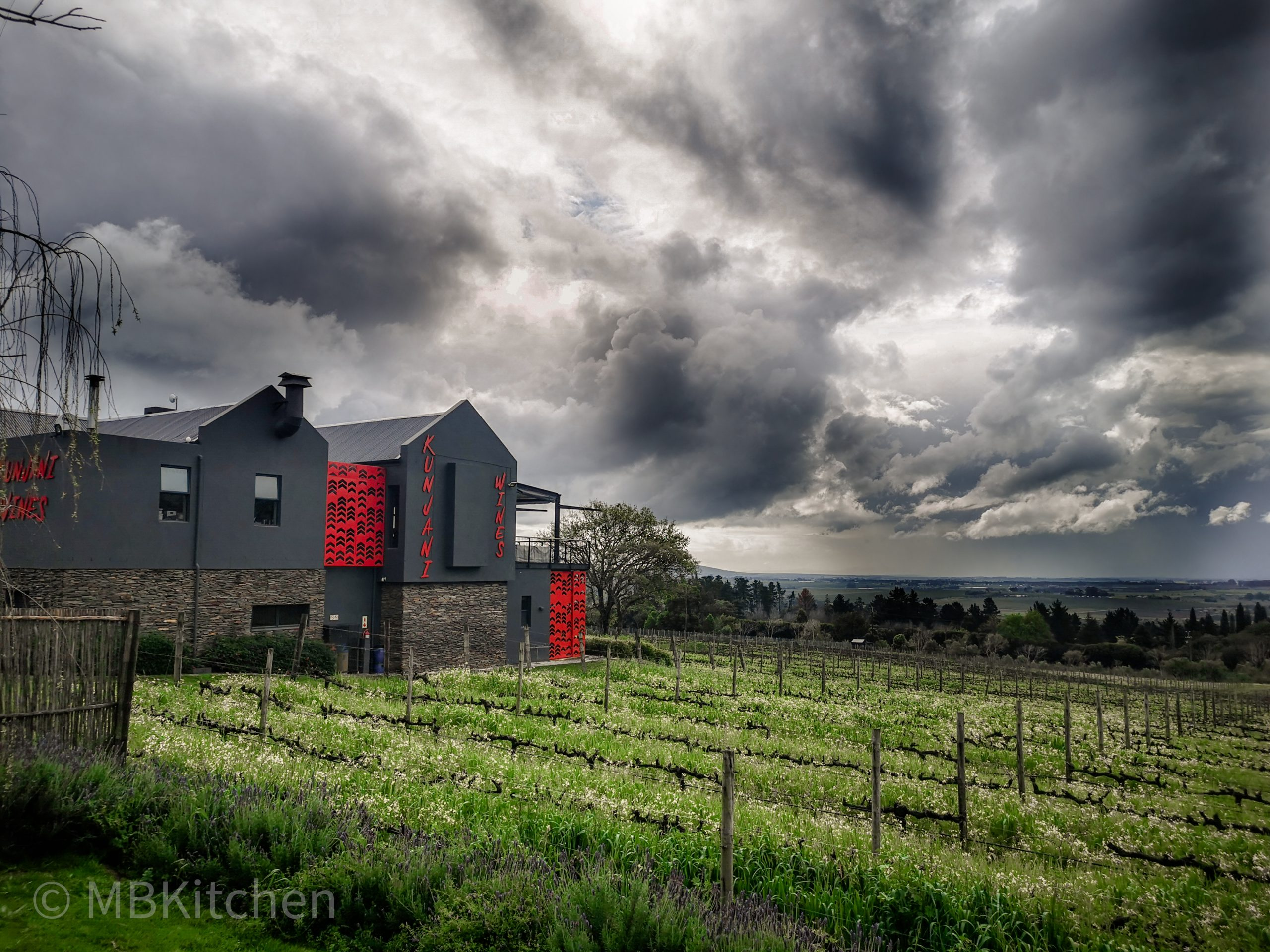 Kunjani wine estate